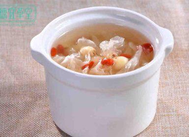 莲子百合糯米燕窝粥的做法与功效