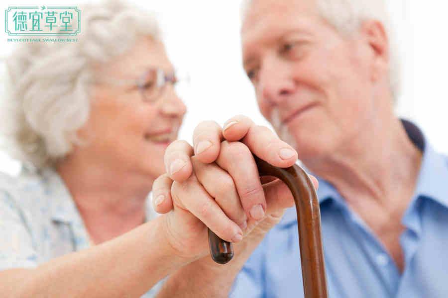 中老年人血糖高可以吃燕窝吗